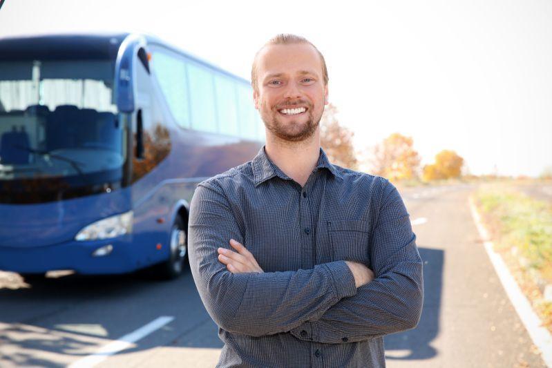 Dumny kierowca autobusa