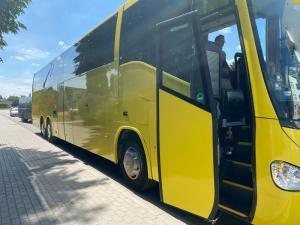 scania-irizar-new-century-02
